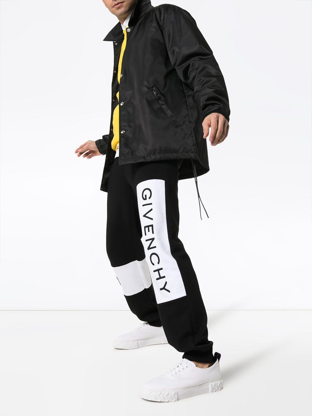 Givenchy Katoen Joggingbroek Met Geborduurd Logo in het Zwart voor heren