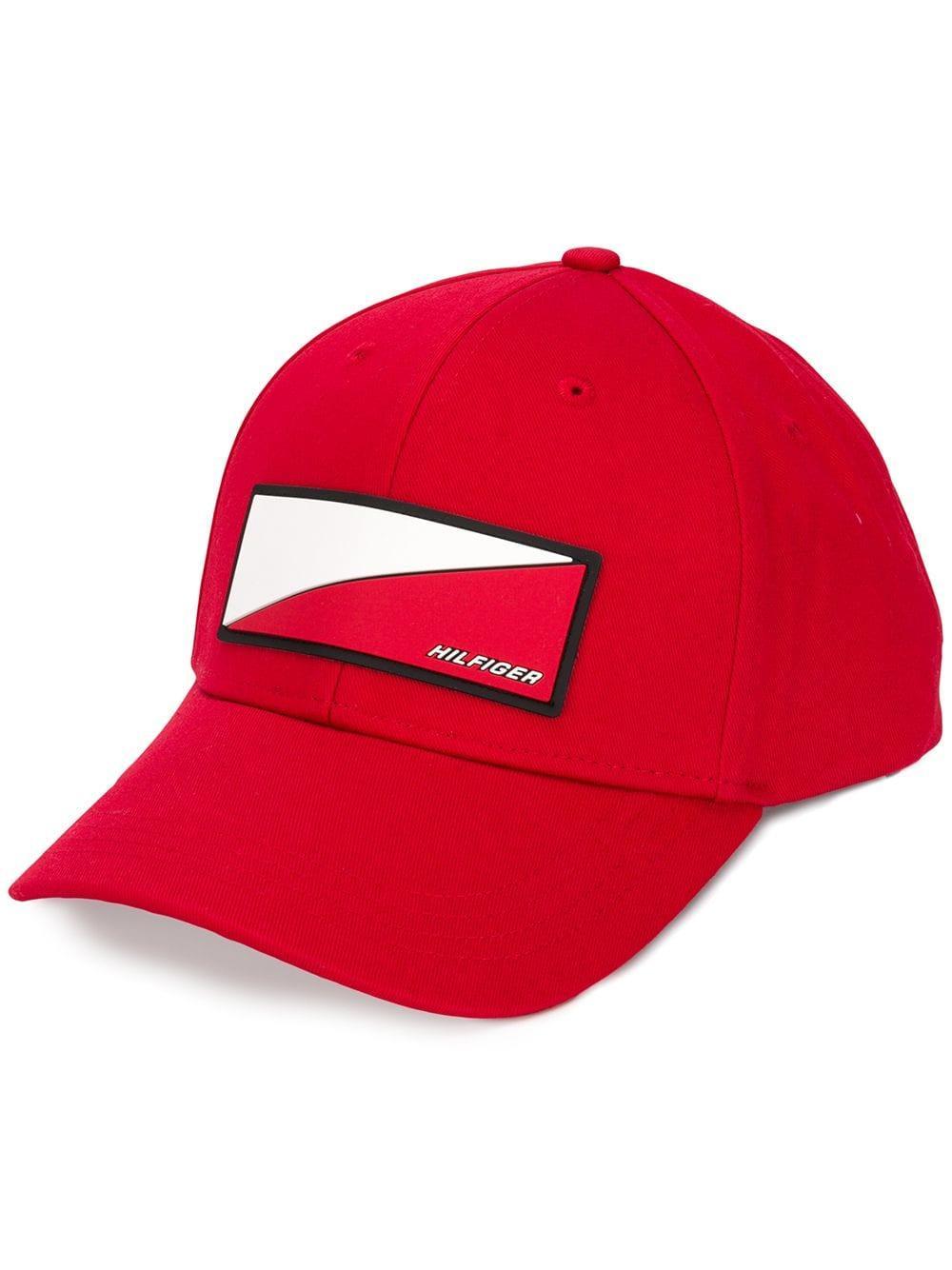 b20d2529bf95 Gorra de béisbol con logo de hombre de color rojo