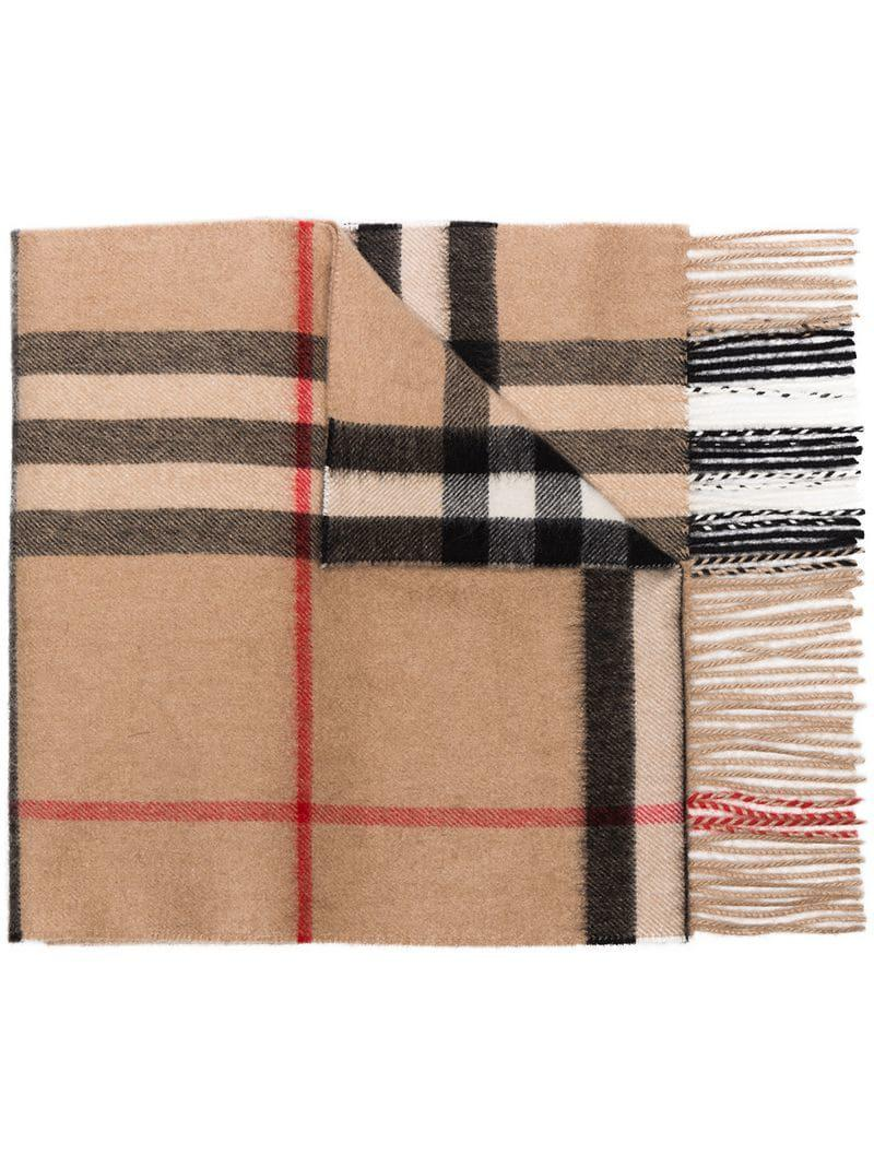 968503e36 Bufanda a cuadros Burberry de color Marrón - Lyst