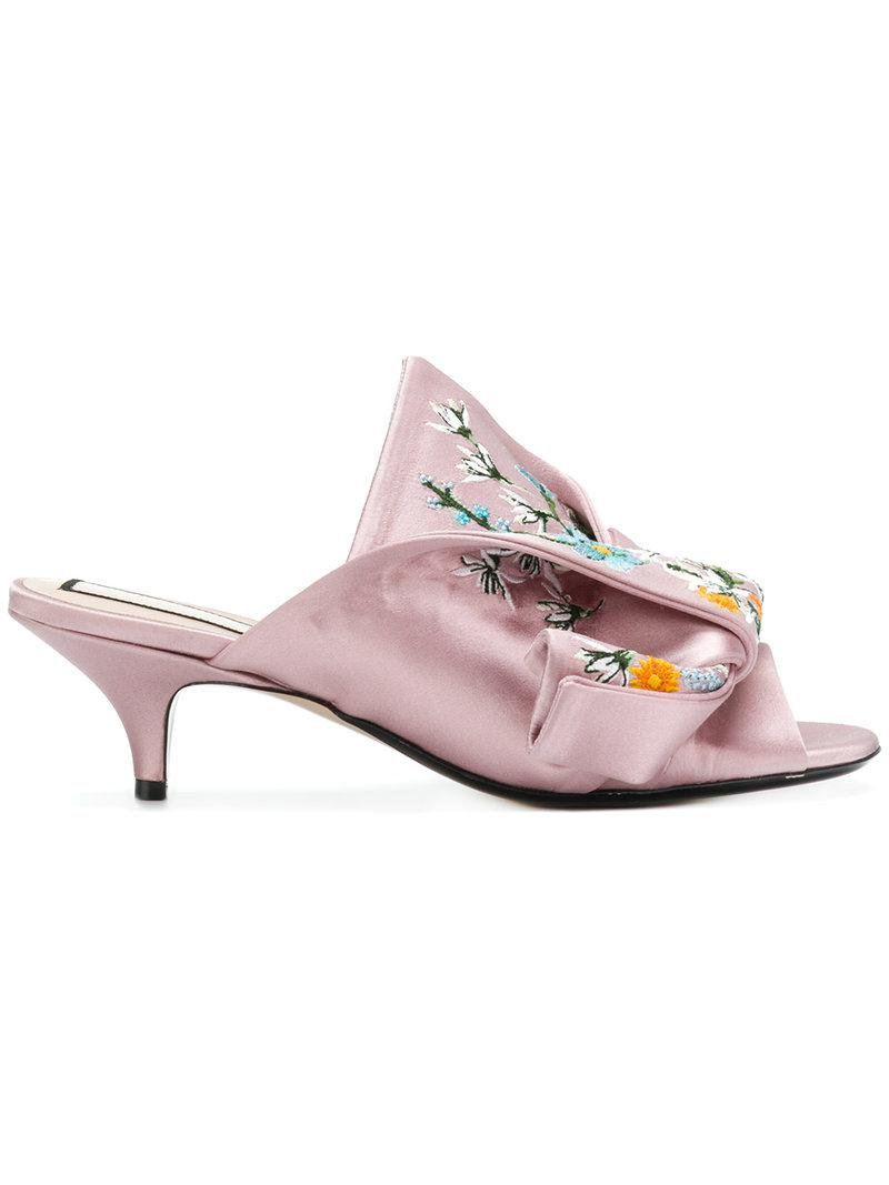 No21 Abstract bow embroidered mules