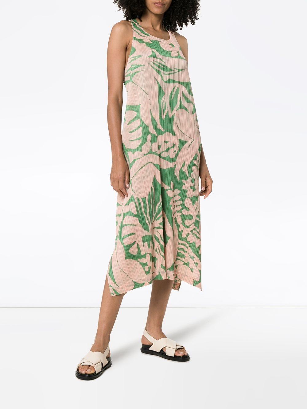 Robe imprimée Swimming Pleats Please Issey Miyake en coloris Vert