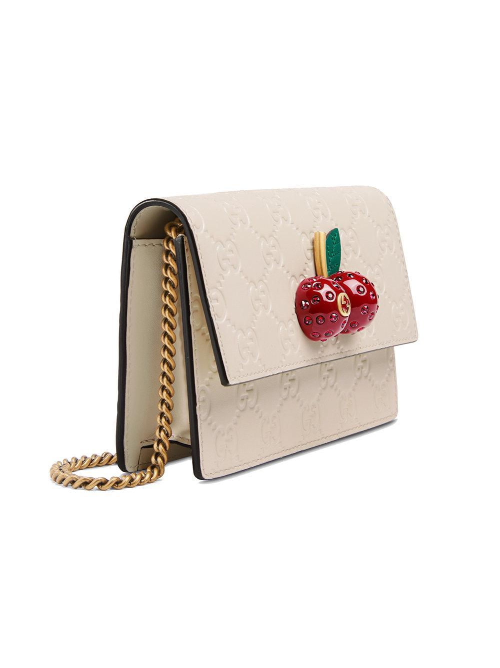 e17022e4a Gucci - White Signature Mini Bag With Cherries - Lyst. View fullscreen