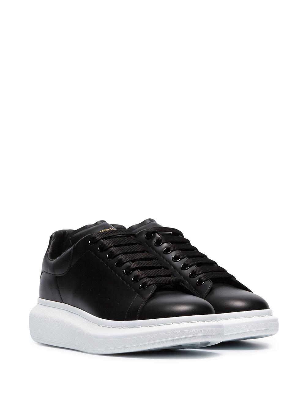 Alexander McQueen Leer Zwarte Sneakers Met Stevige Zool Van Rubber in het Zwart voor heren