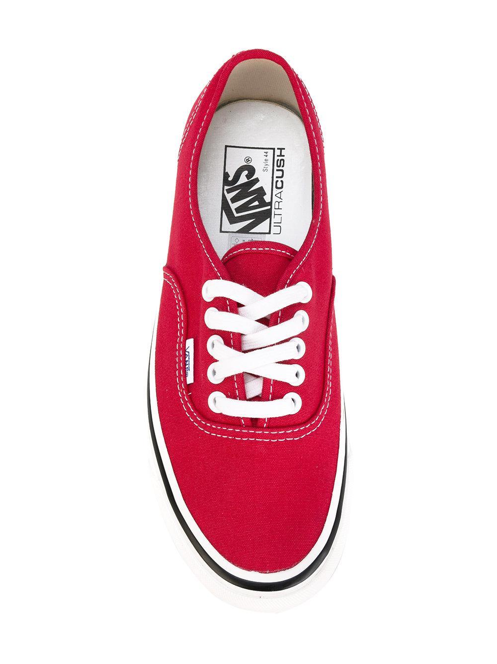 Vans Cotton Era Sneakers in Red