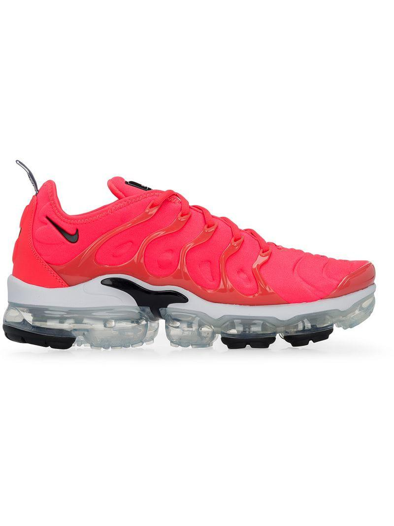 ddd3e76b78c6d Lyst - Nike Air Vapormax Plus Sneakers in Pink for Men
