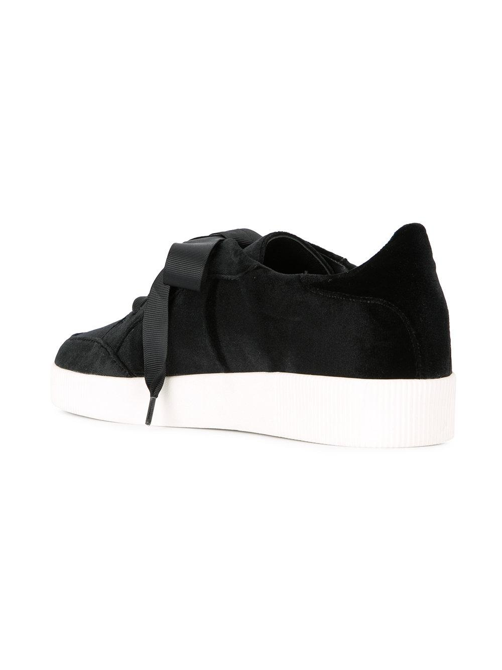 Senso Leather Austin Sneakers in Black