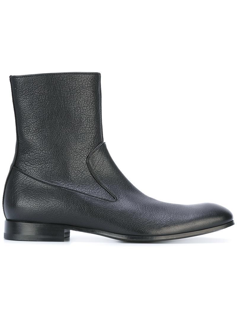 Alexander McQueenZip ankle boots
