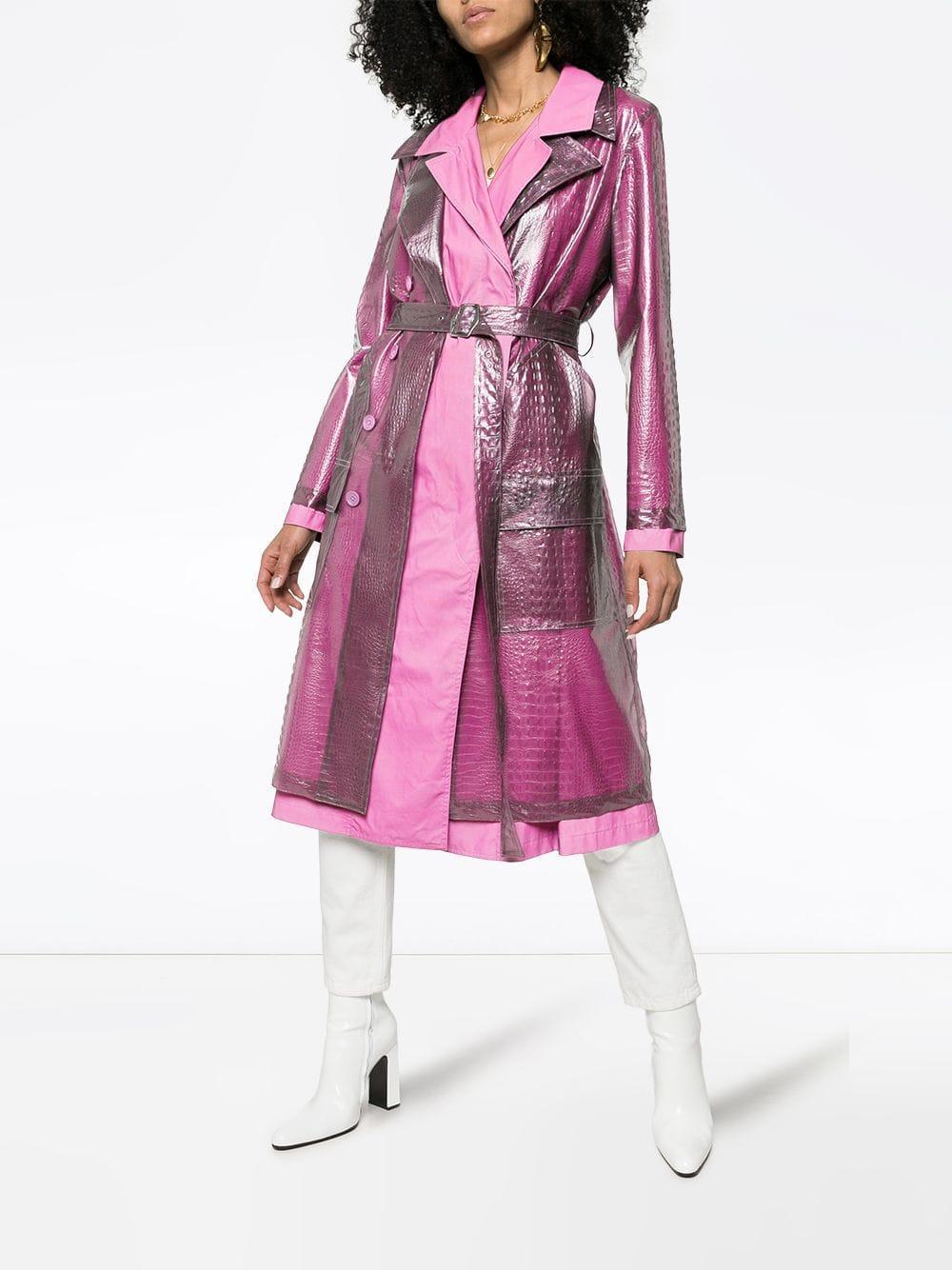 Gabardina a capas con efecto de piel de cocodrilo Sies Marjan de color Rosa