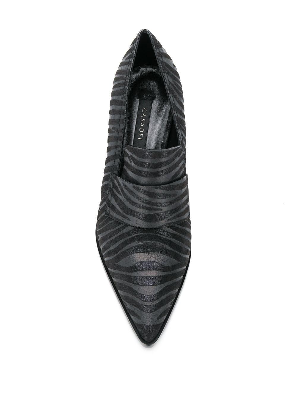 Zapatos de tacón cuadrado con motivo de cebra Casadei de color Negro