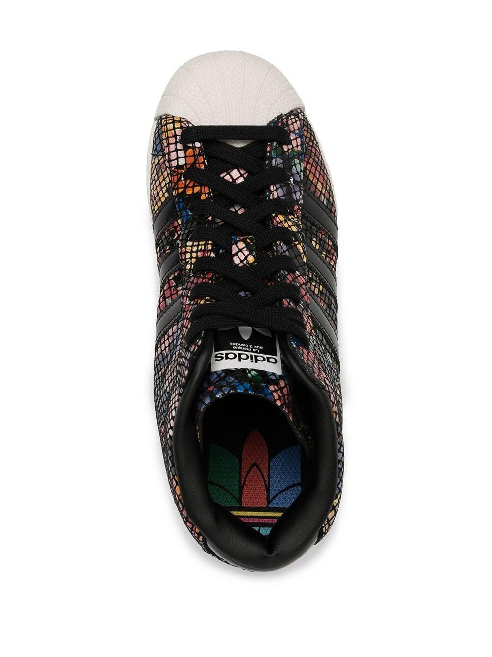 Baskets à fleurs Cuir adidas en coloris Noir - Lyst