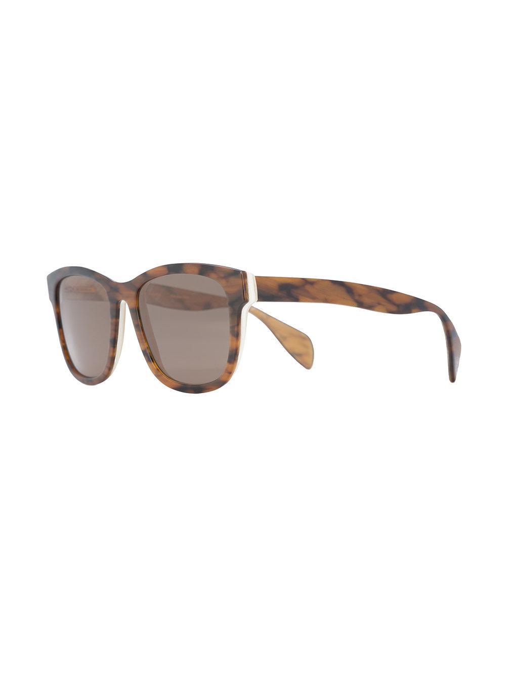 Oscar de la Renta Wide Framed Sunglasses in Brown