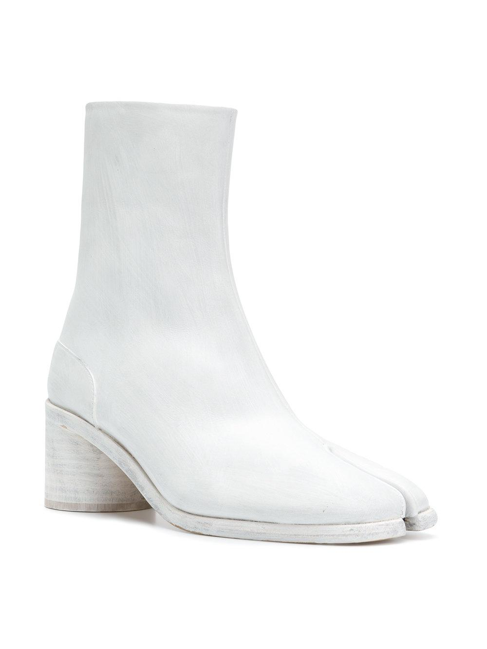 d43cd18b34e2 Lyst - Maison Margiela Tabi Ankle Boots in White for Men - Save 36%