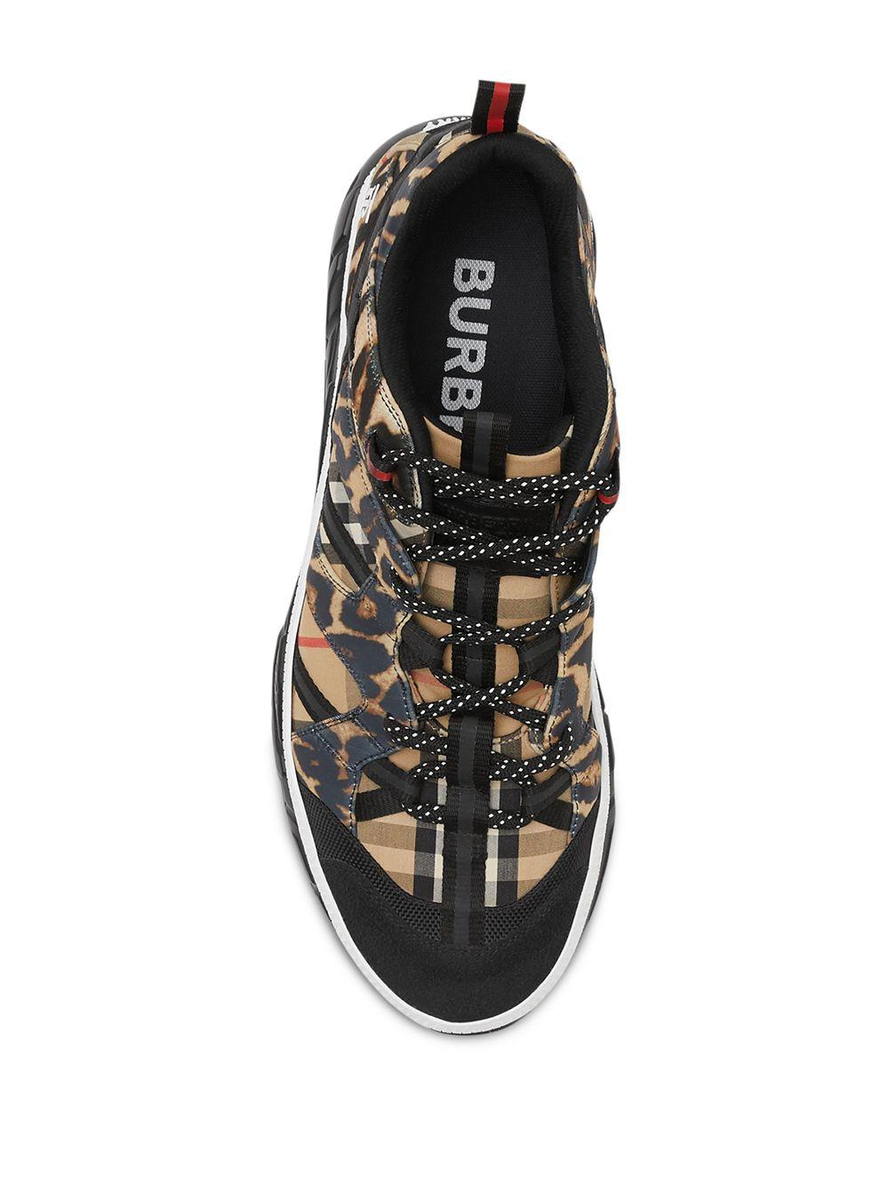Burberry Synthetisch Union Sneakers Met Luipaardprint in het Bruin voor heren