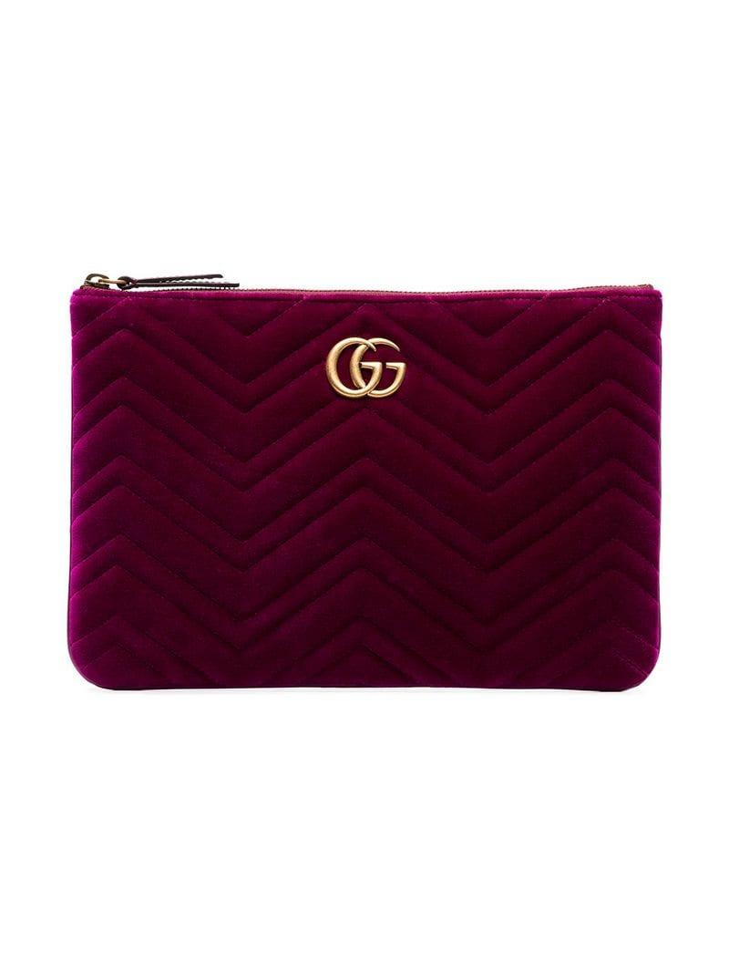 ee0eb6802c28 Gucci Purple GG Marmont 2.0 Matelassé Velvet Clutch in Pink - Lyst