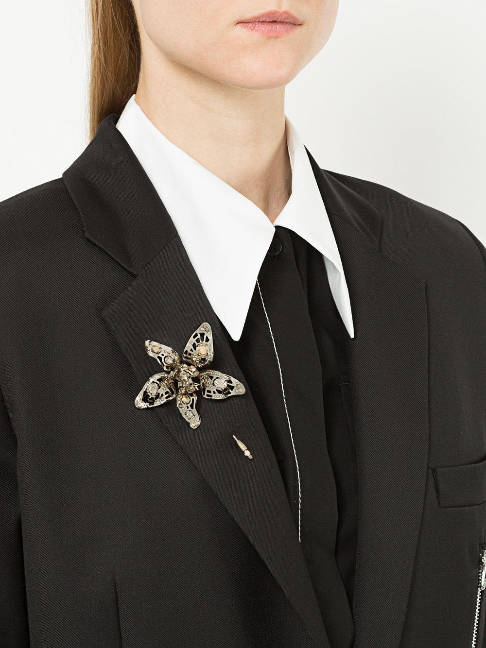 Lanvin Leather Crystal-embellished Flower Brooch in Metallic