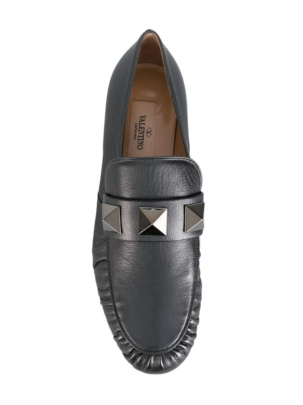 42fdb8b80e4 Lyst - Valentino Macro Stud Detail Loafers in Metallic