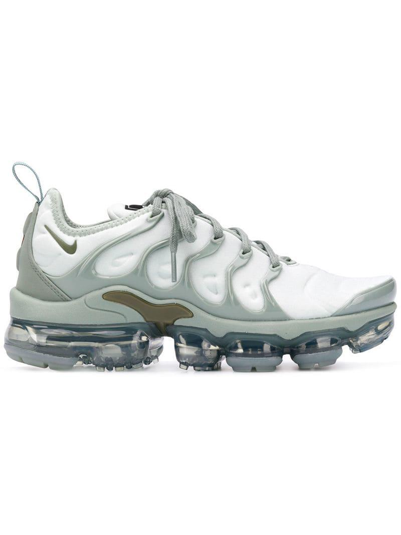 4e73f72e236ce Nike Air Vapormax Plus Sneakers in Green - Lyst