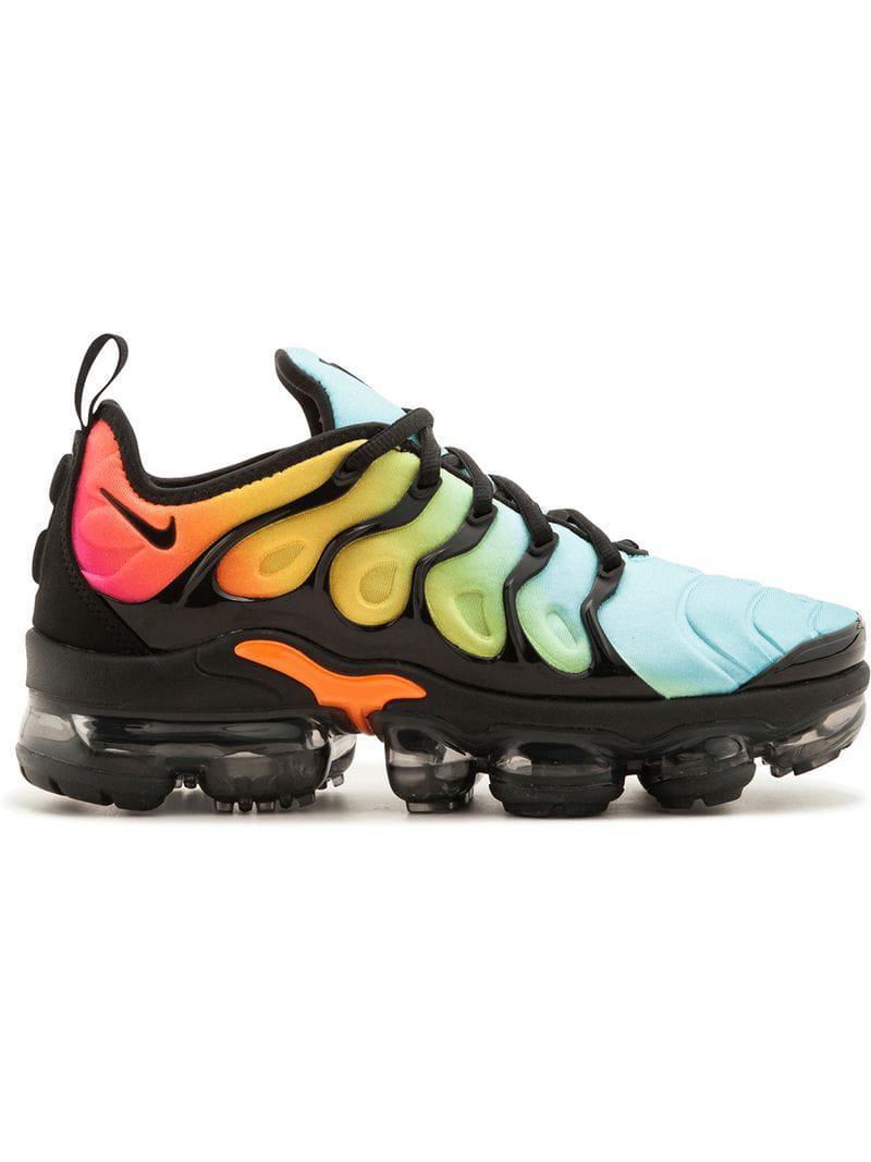 c269ca4e08dc Nike Air Vapormax Plus Sneakers in Black - Lyst