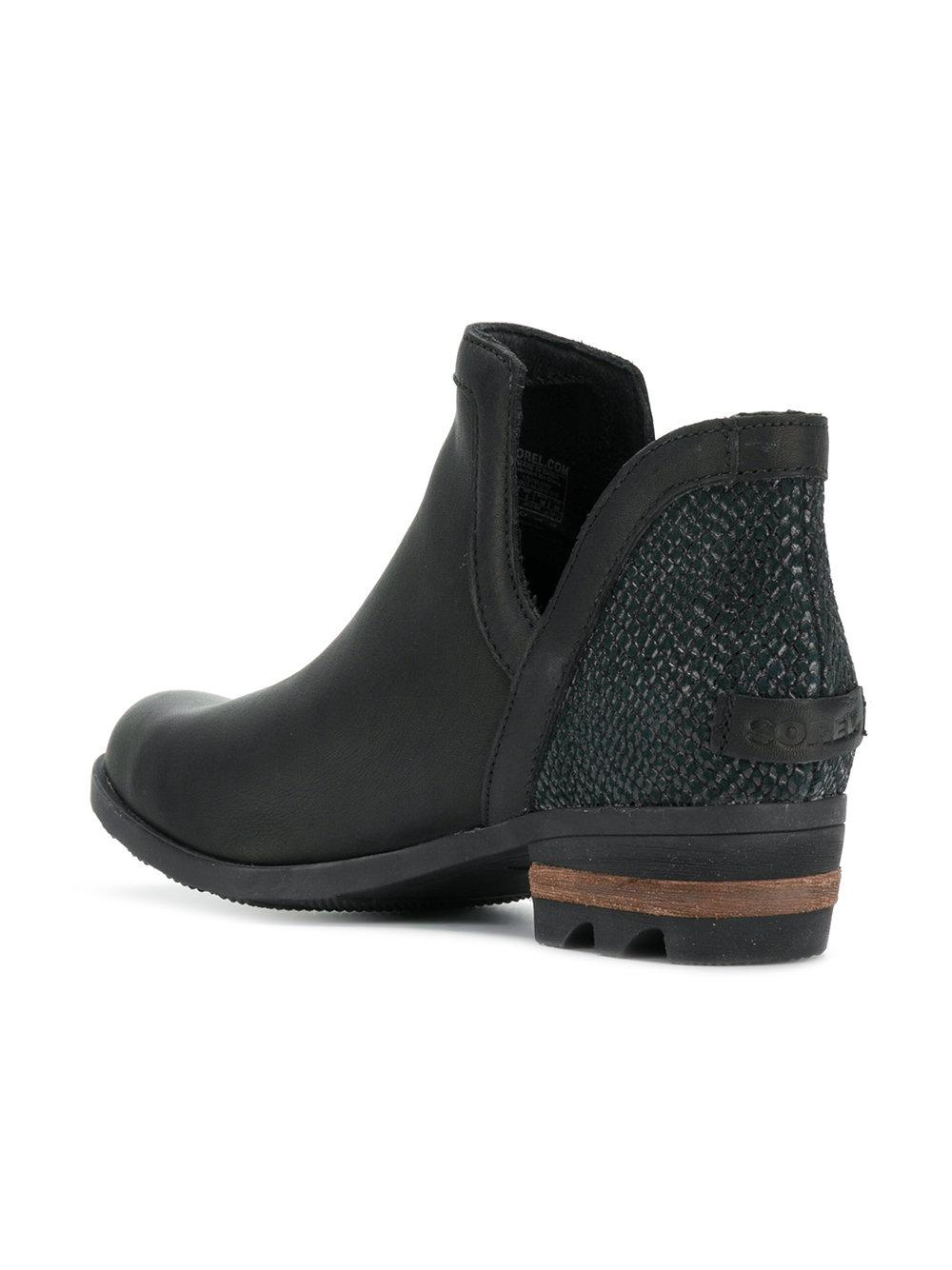 Sorel Leather Pull-on Boots in Black