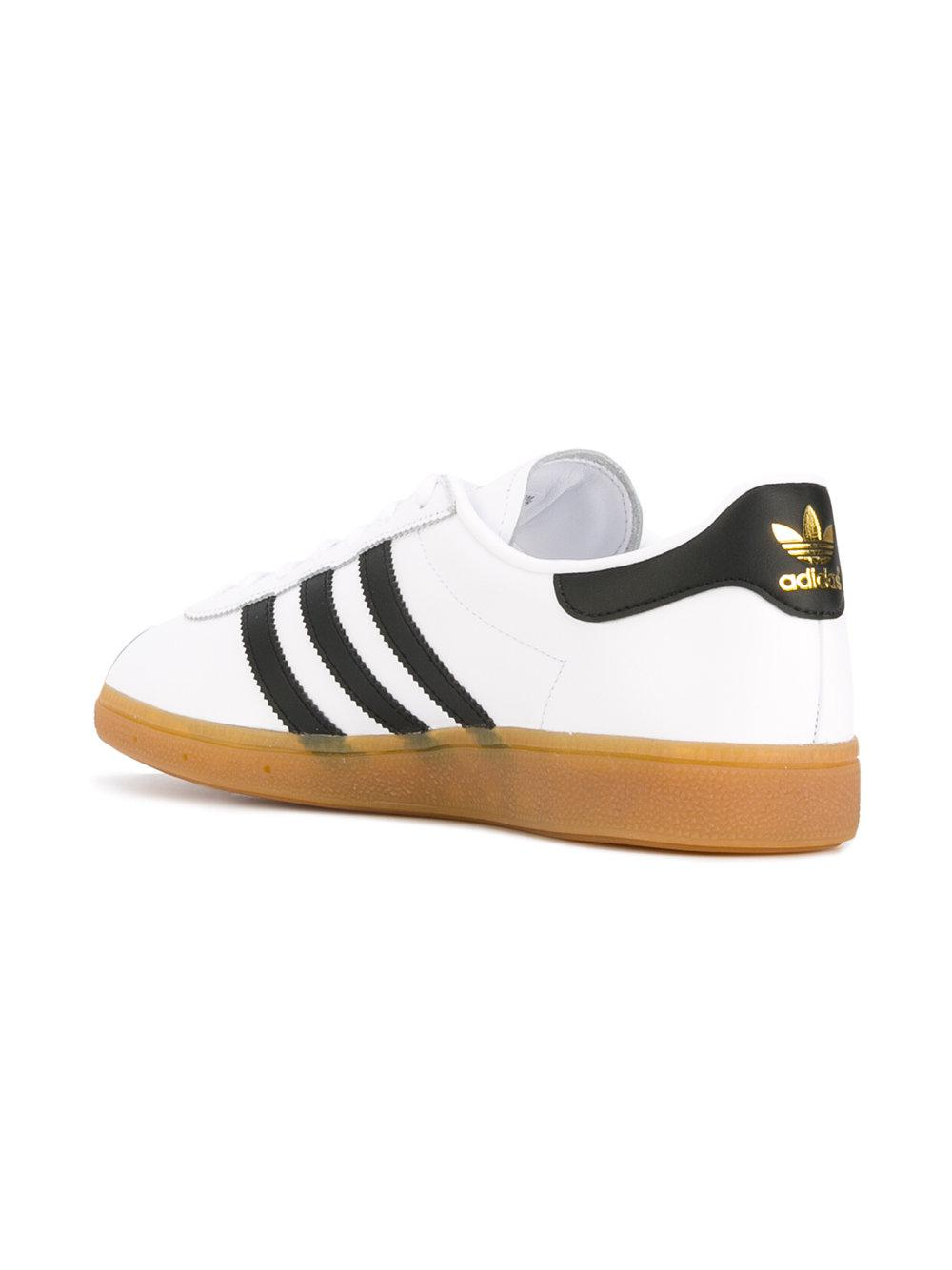 adidas Originals Leather Munchen Sneakers in White for Men