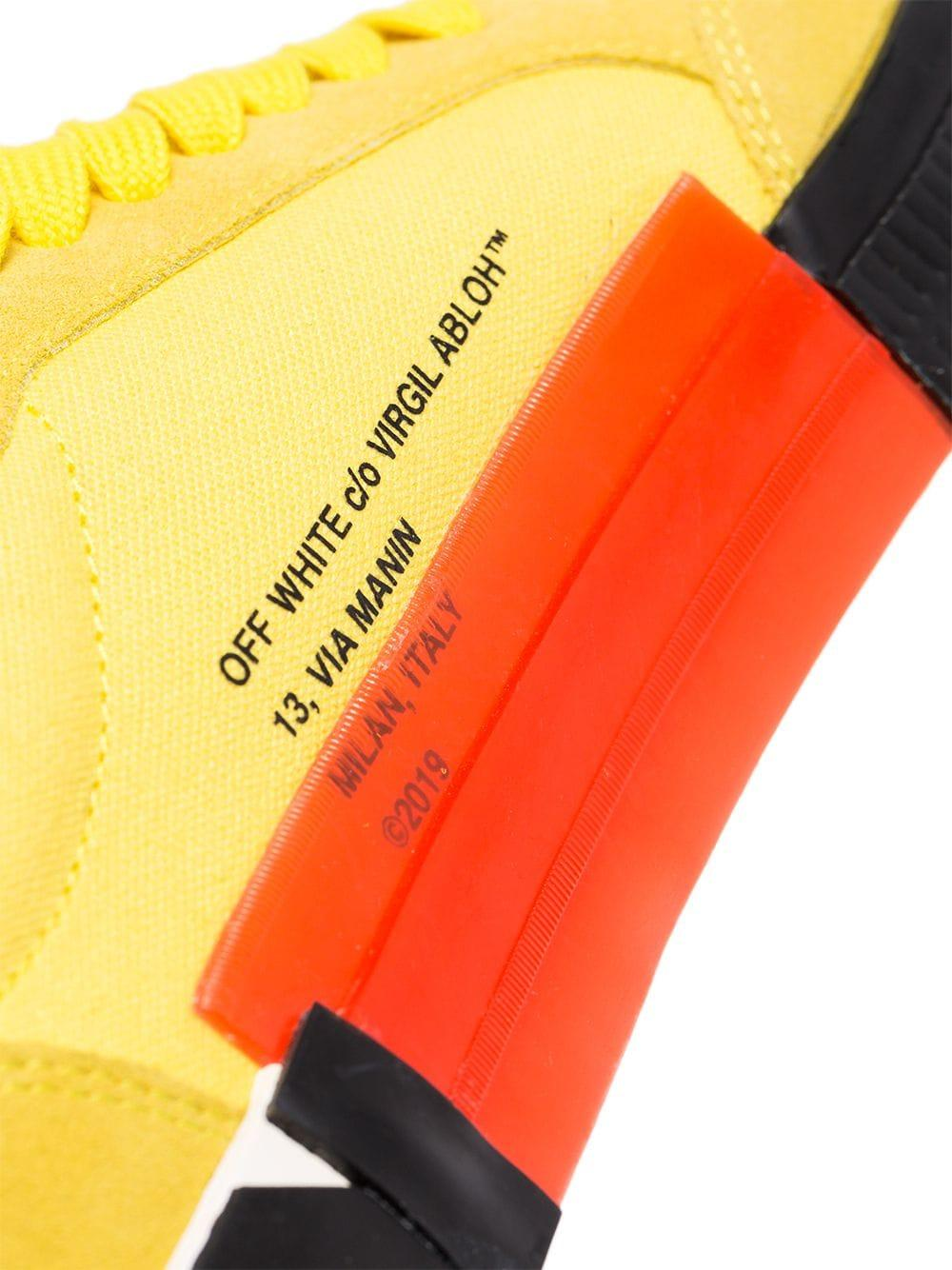 Off-White c/o Virgil Abloh Suède Vulcanized Sneakers in het Geel voor heren