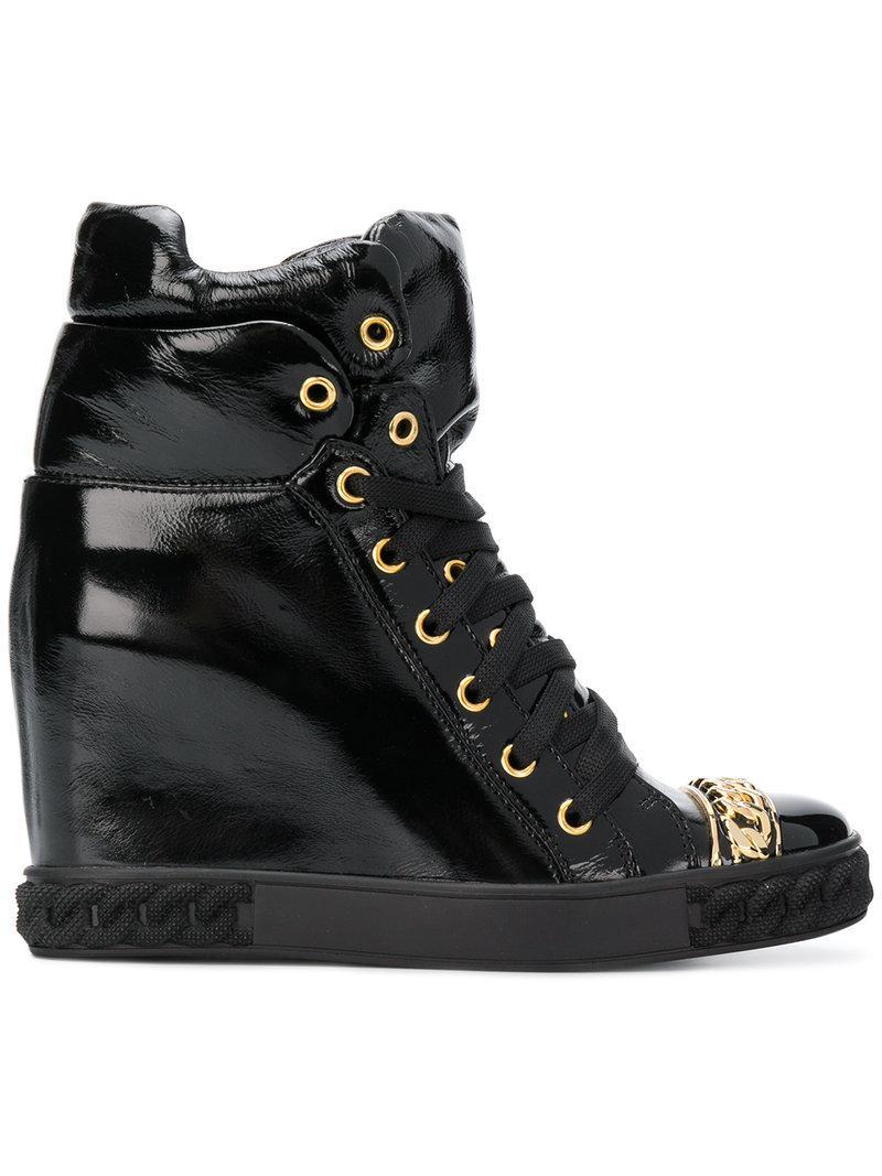 Casadei Chain trim patent boots Acheter Pas Cher Sortie Prix Pas Cher Marchand yX1yMNYh1p