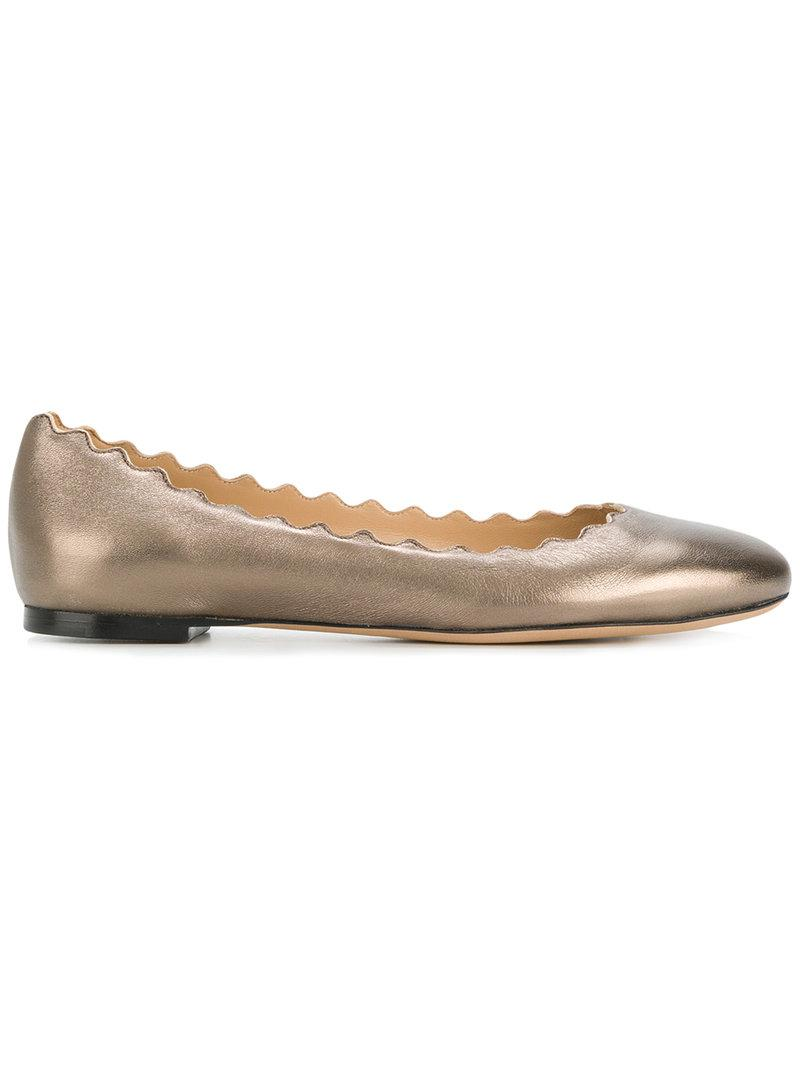 8fe71e3c827 Chloé Scalloped Edge Ballerina Flats in Metallic - Lyst