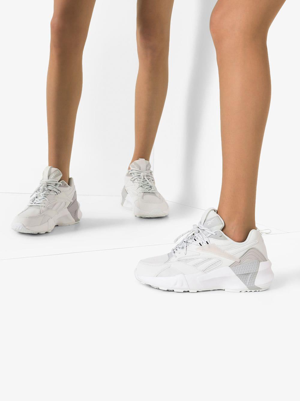 billigaste mode största rabatt Reebok Aztrek Double Nu Laces Sneakers in White - Lyst