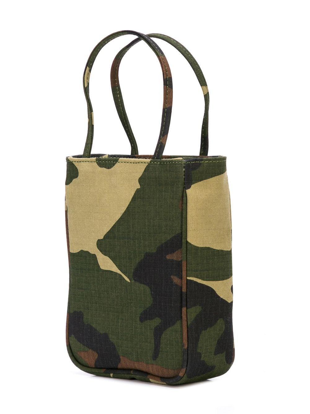 Ashley Williams Baumwolle Handtasche mit Camouflage-Print in Grün P1MPO