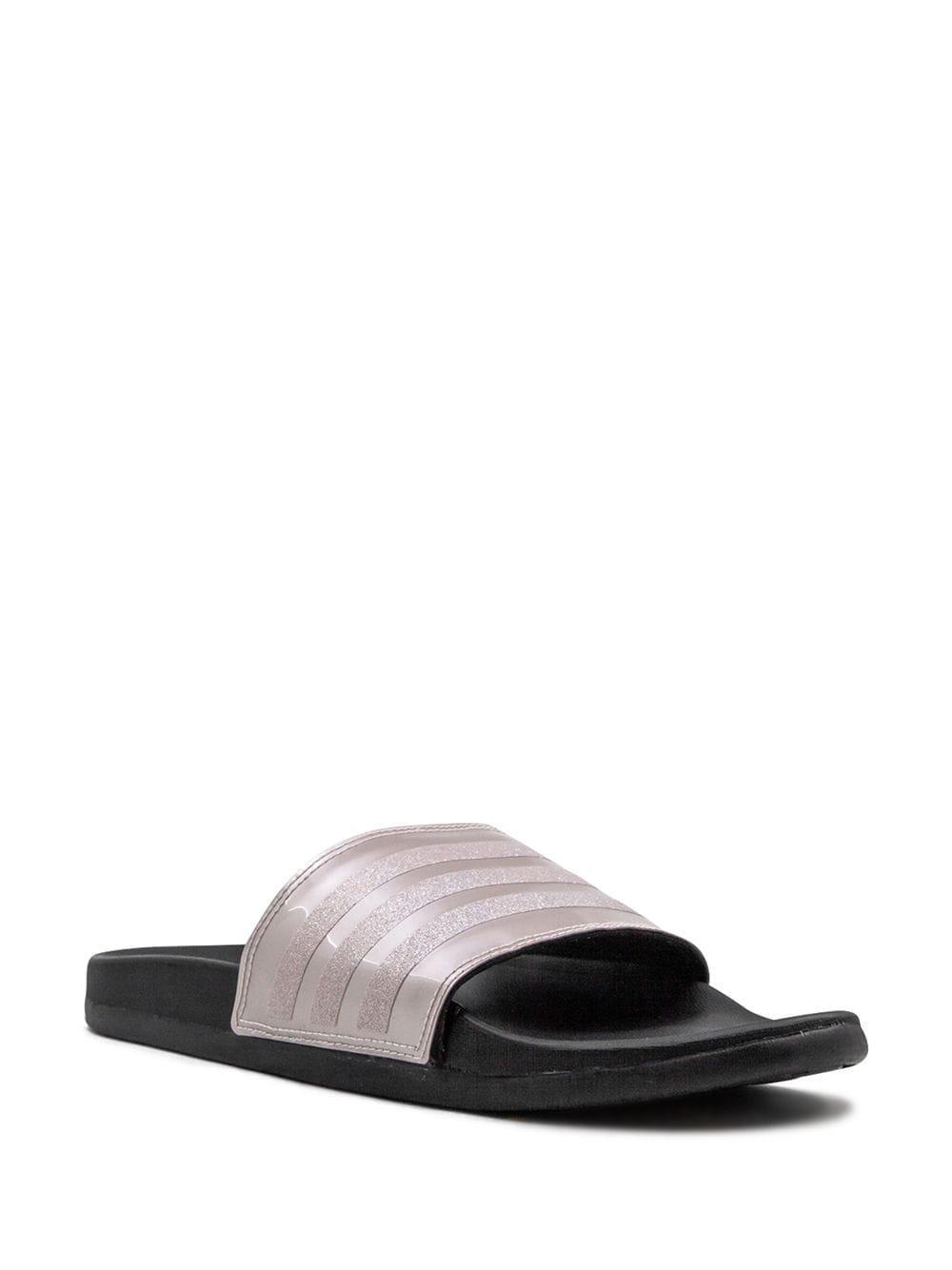 Claquettes Adilette Comfort Caoutchouc adidas en coloris Noir
