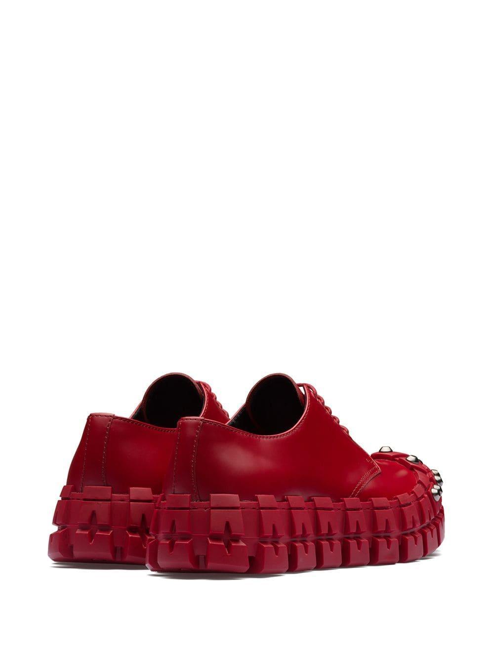 Prada Leer Derby Schoenen Met Studs in het Rood voor heren