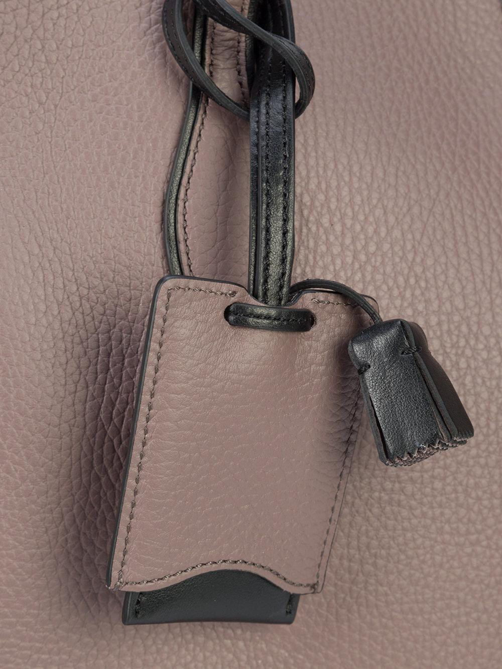 Tod's Leather Joy Tote in Grey (Grey)