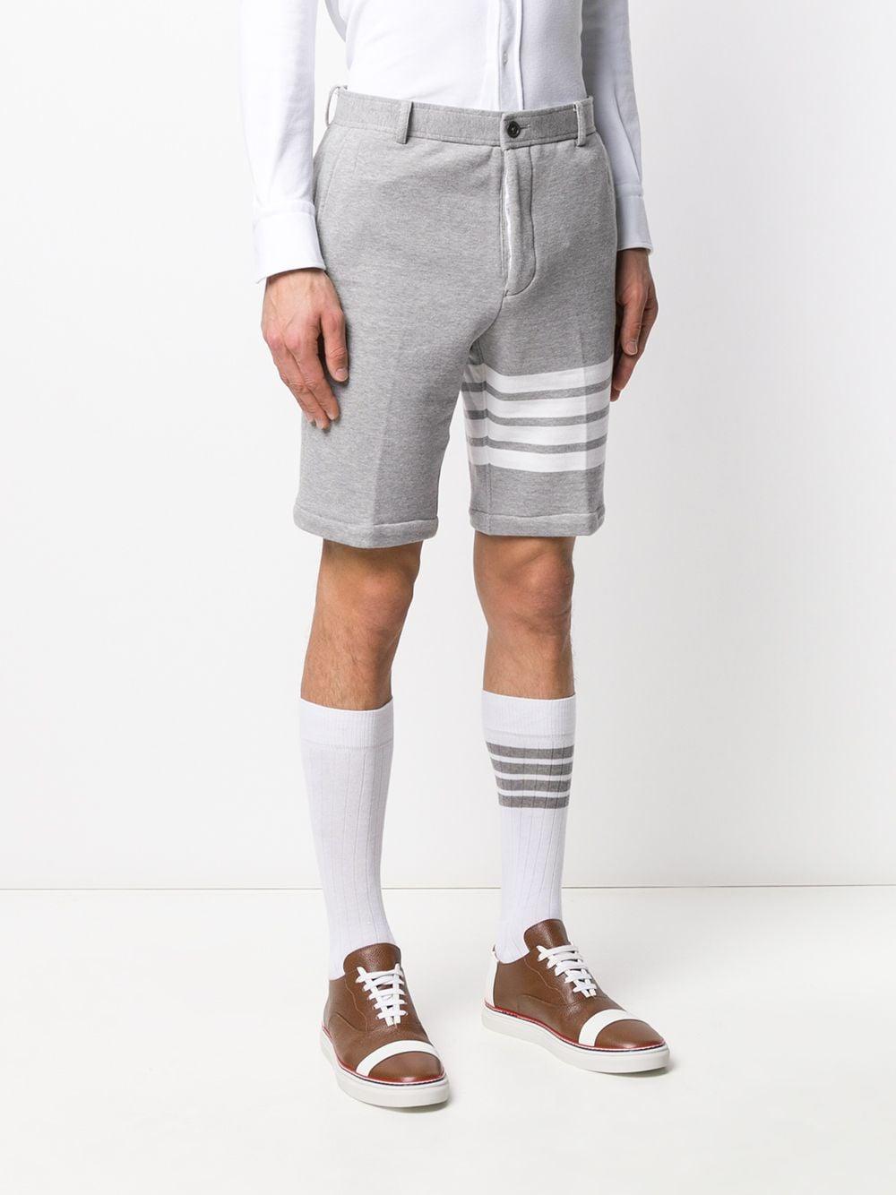 Thom Browne Katoen Chino Shorts in het Grijs voor heren