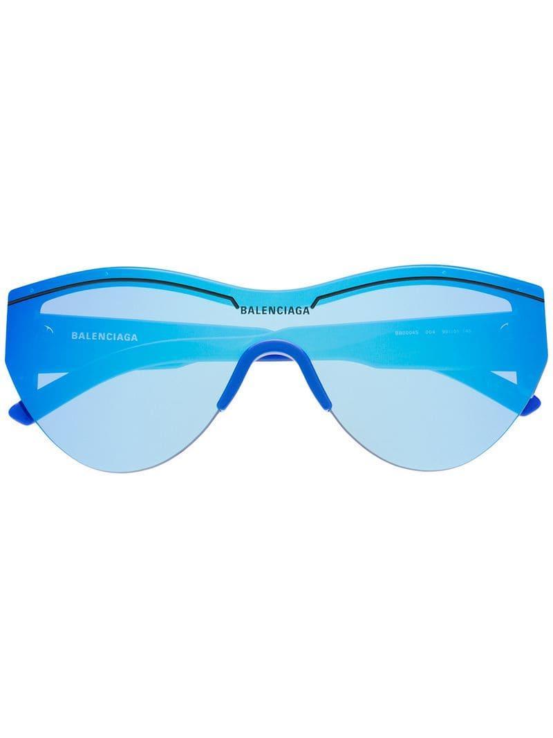 f2993d2d33 Balenciaga - Blue Gafas de sol espejadas oversize - Lyst. Ver en pantalla  completa