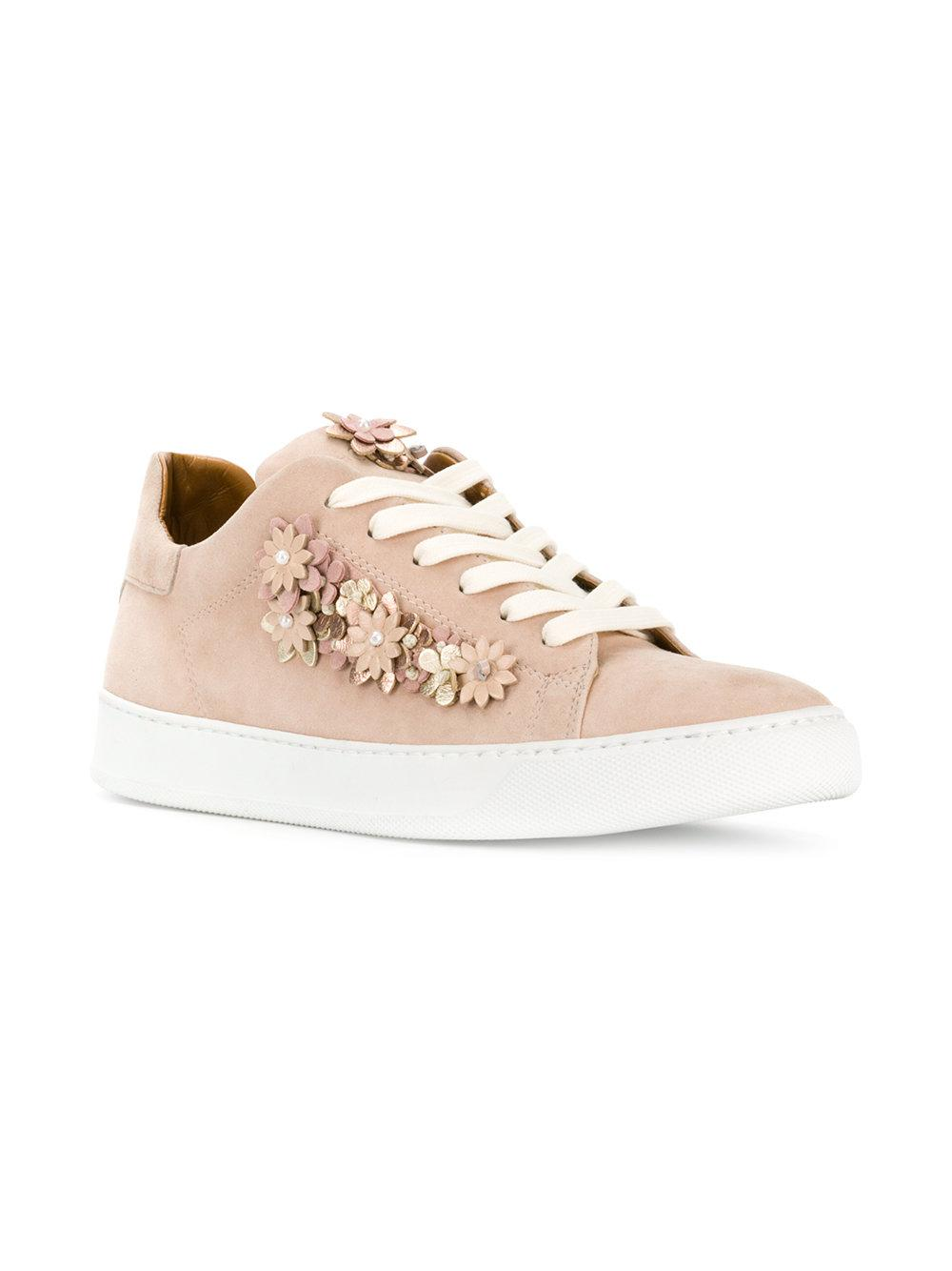 Black Dioniso Leather Floral Appliqué Sneakers in Natural