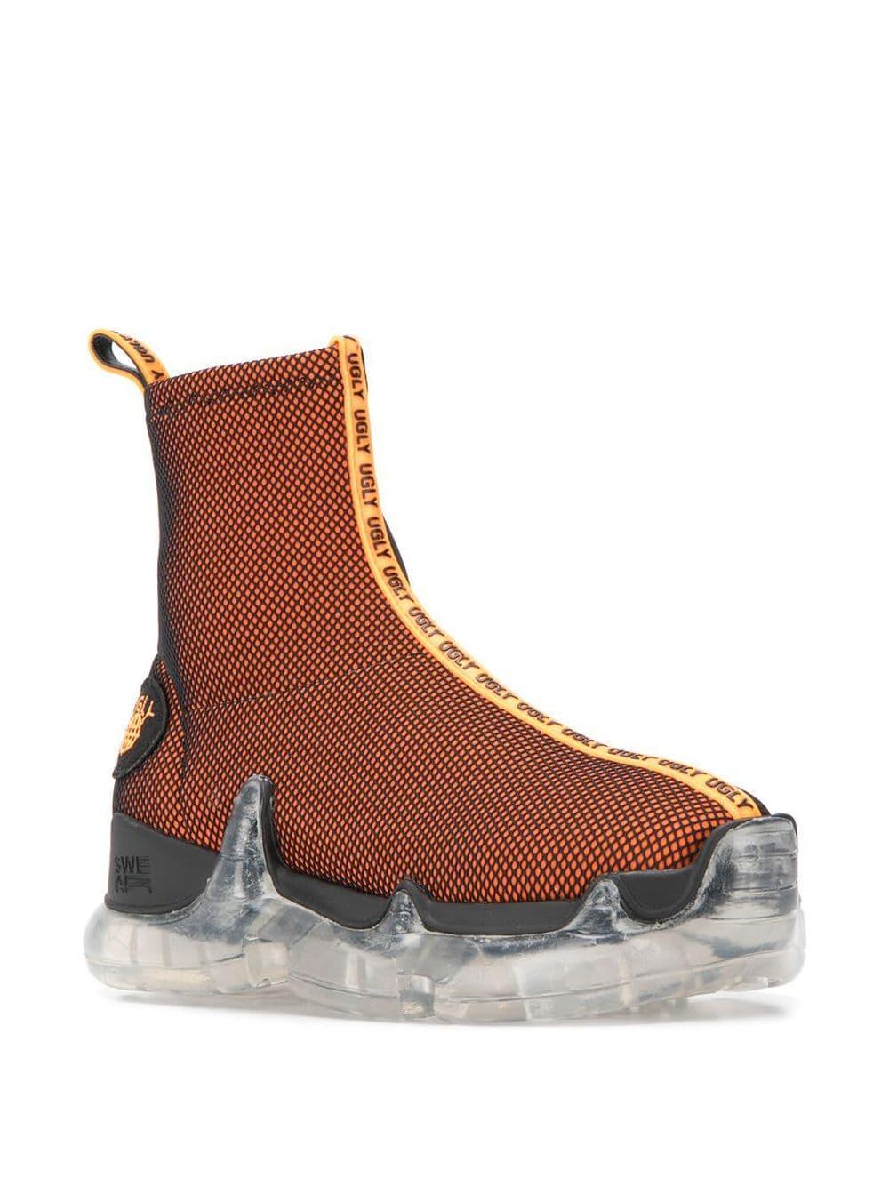 Zapatillas Air Revive Trigger altas de x Uglyworldwide Swear de color Naranja