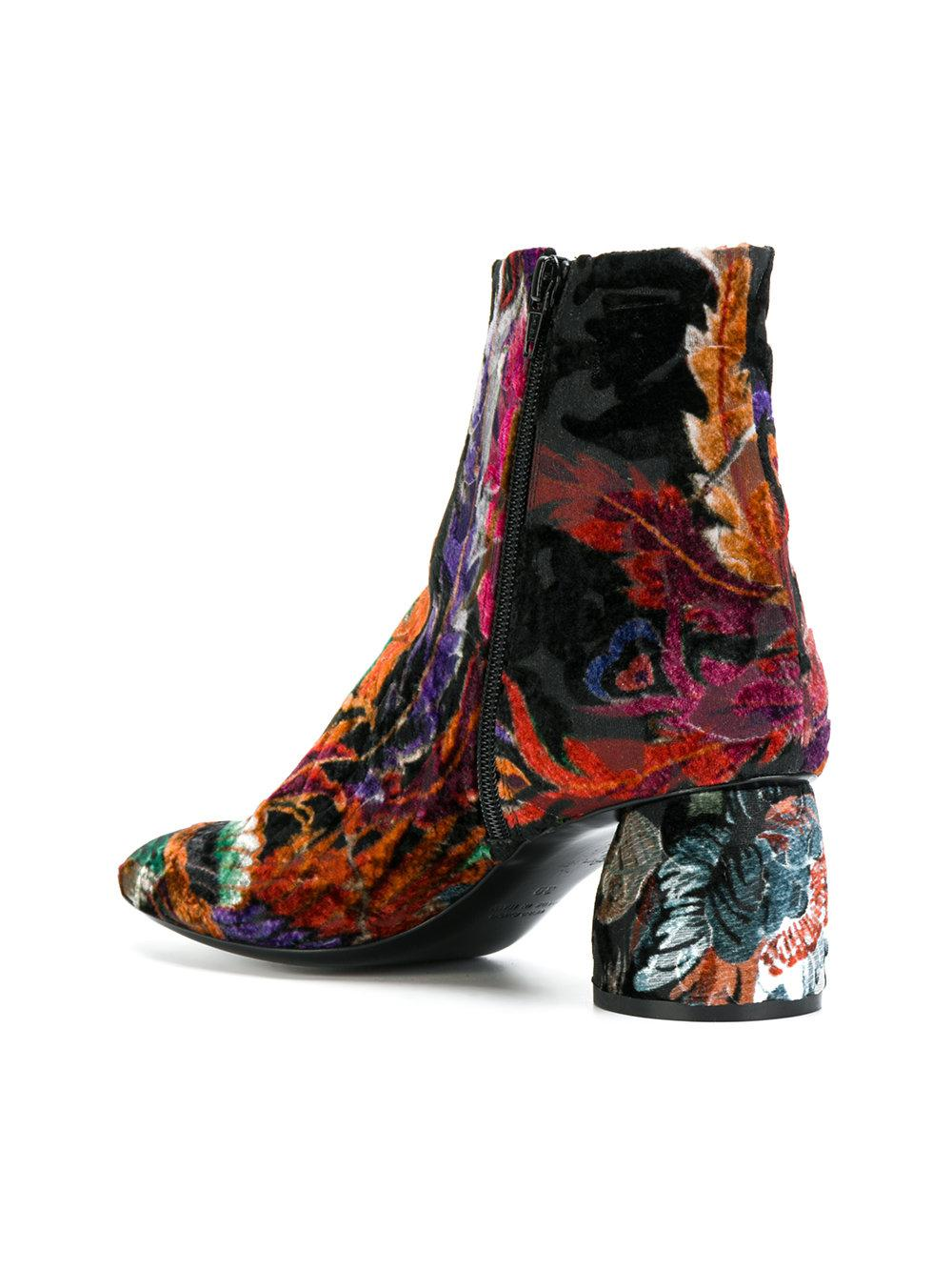 Strategia Velvet Floral Embroidered Boots