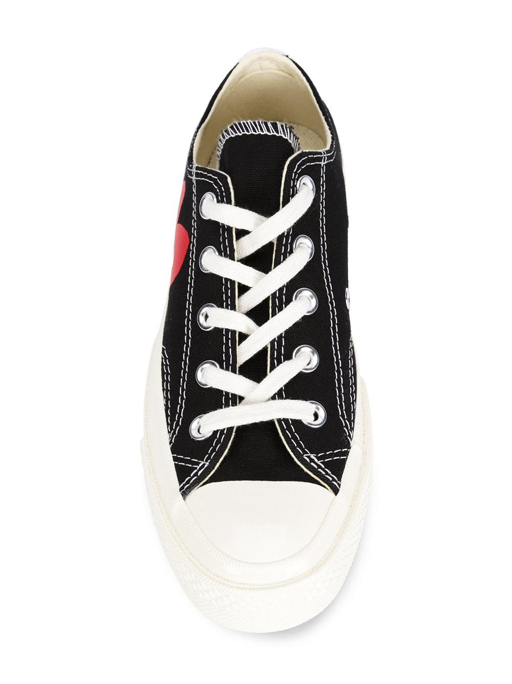 Play Comme des Garçons Cotton Heart Logo Print Sneakers in Black