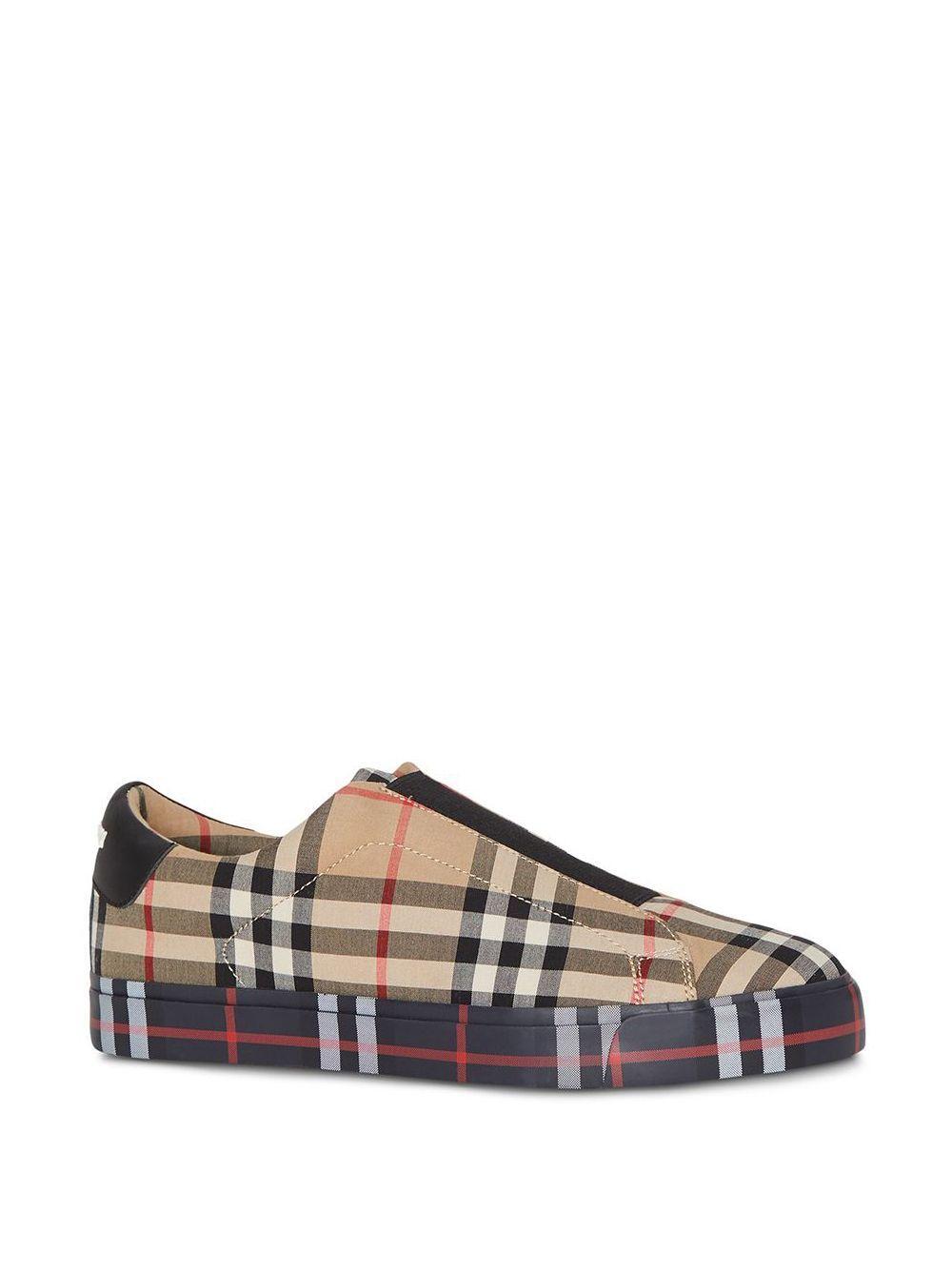 Zapatillas slip-on de cuero con diseño a cuadros Burberry