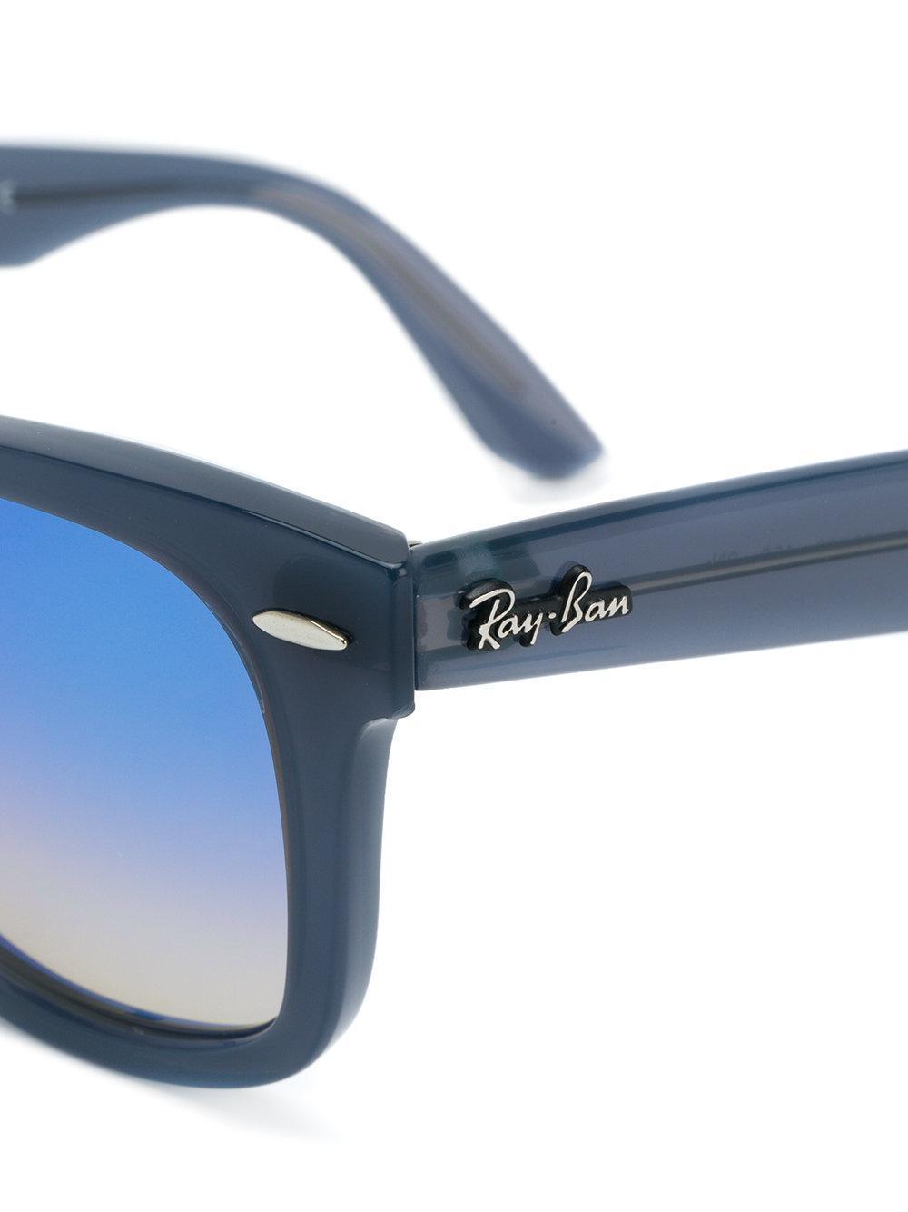 Ray-Ban Wayfarer Tinted Sunglasses in Blue
