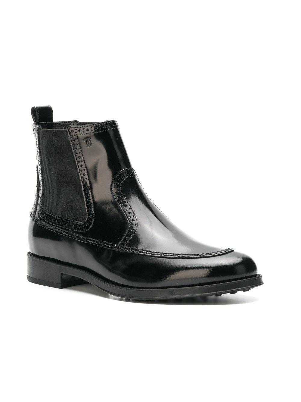 Tod's Leather Hight Ankle Boots in Black