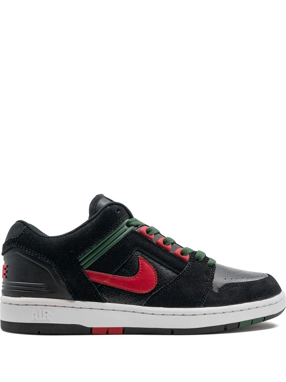 Nike Lace Sb Air Force 2 Low Sneakers in Black for Men - Lyst