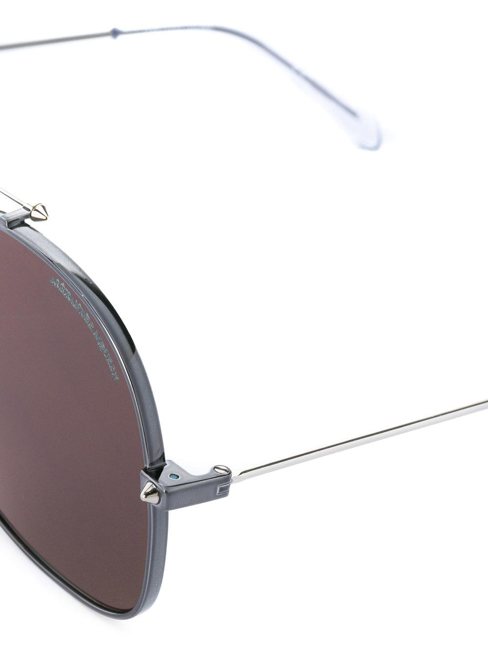 Alexander McQueen Oval Shaped Sunglasses in Black