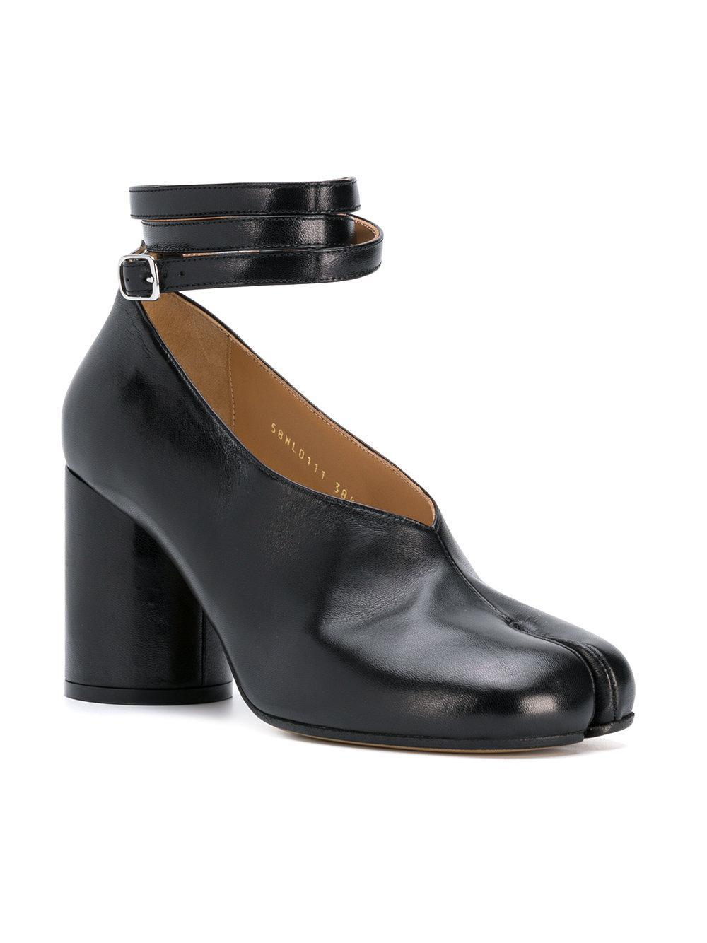 f81aa0f1fa73 Lyst - Maison Margiela New Mary Jane Pumps in Black - Save 37%