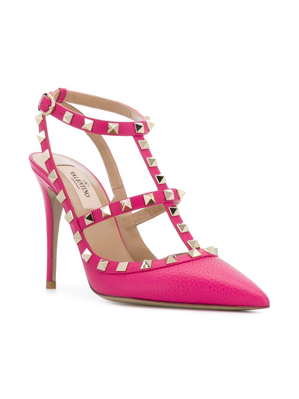 833aeef5af69 Valentino - Pink Garavani Rockstud Pumps - Lyst. View fullscreen
