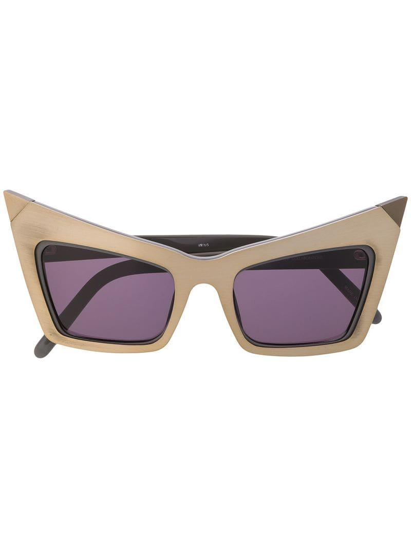 a1a1d29ca5b9 Linda Farrow Pointed Cat Eye Sunglasses in Gray - Lyst