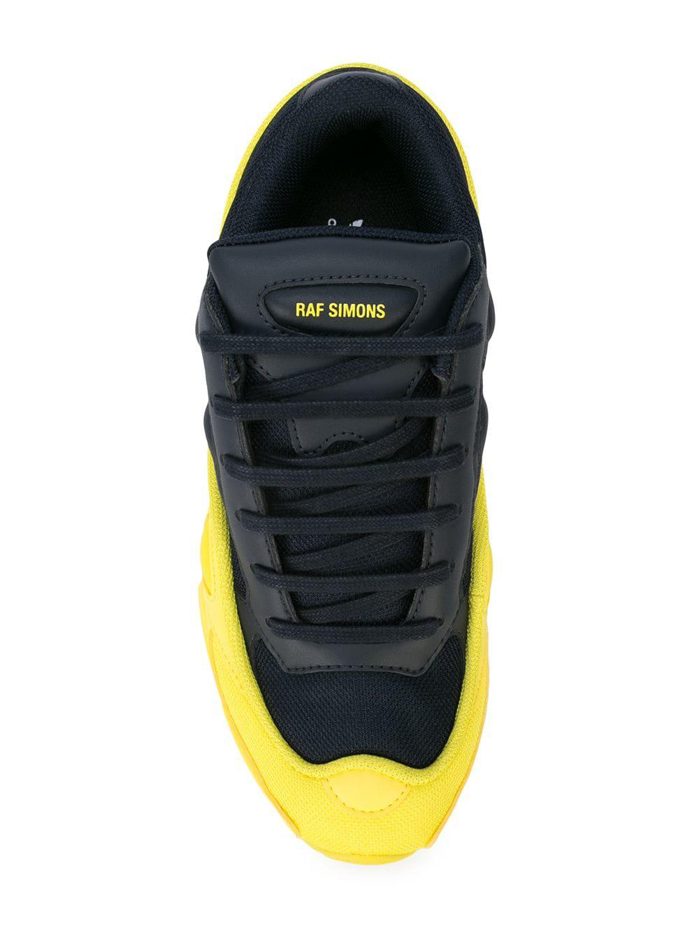 outlet store b8dbf 00962 Adidas By Raf Simons - Black Zapatillas RS Ozweego - Lyst. Ver en pantalla  completa