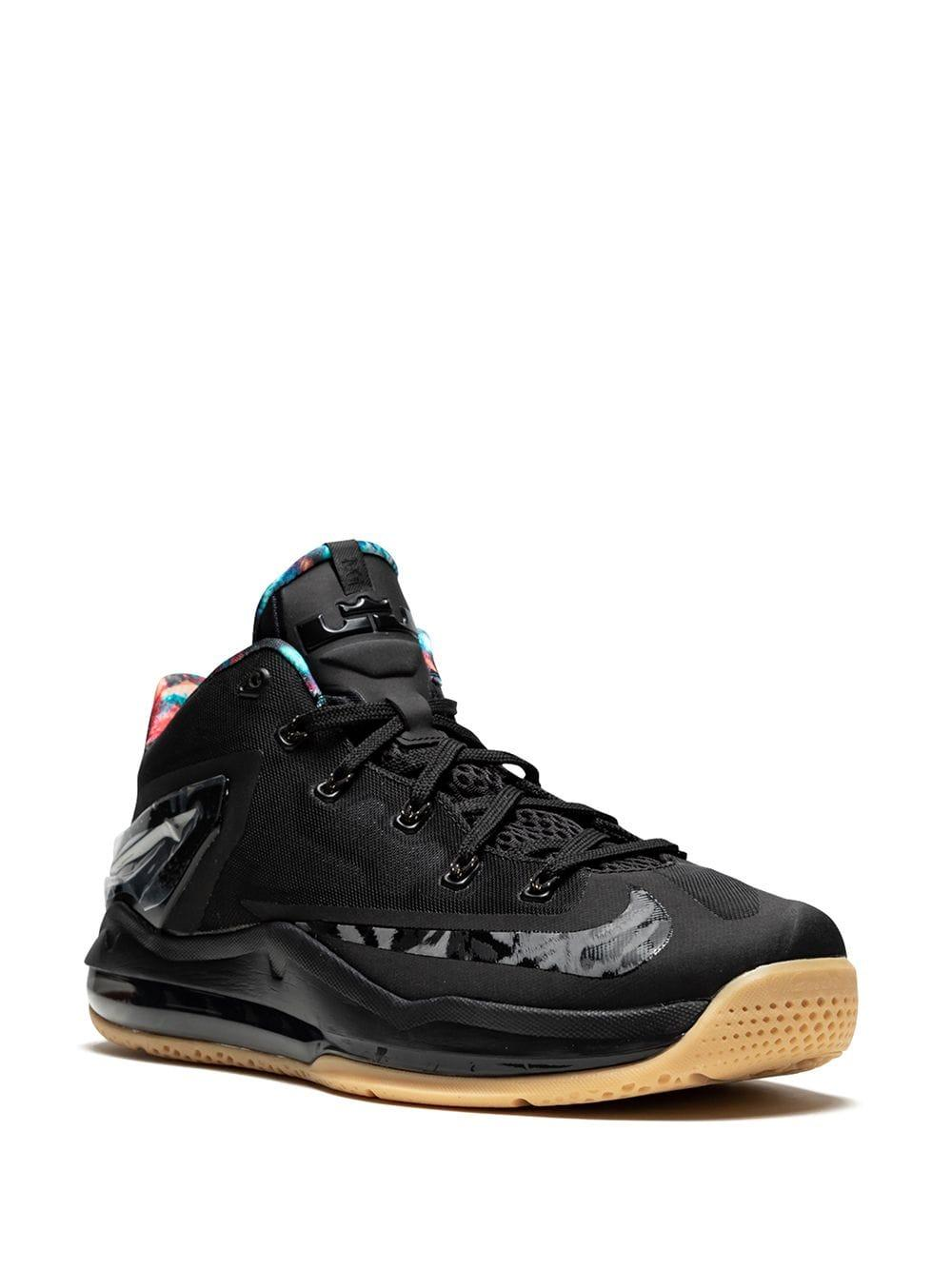 Nike Rubber Max Lebron 11 Low-top Sneakers in het Zwart voor heren
