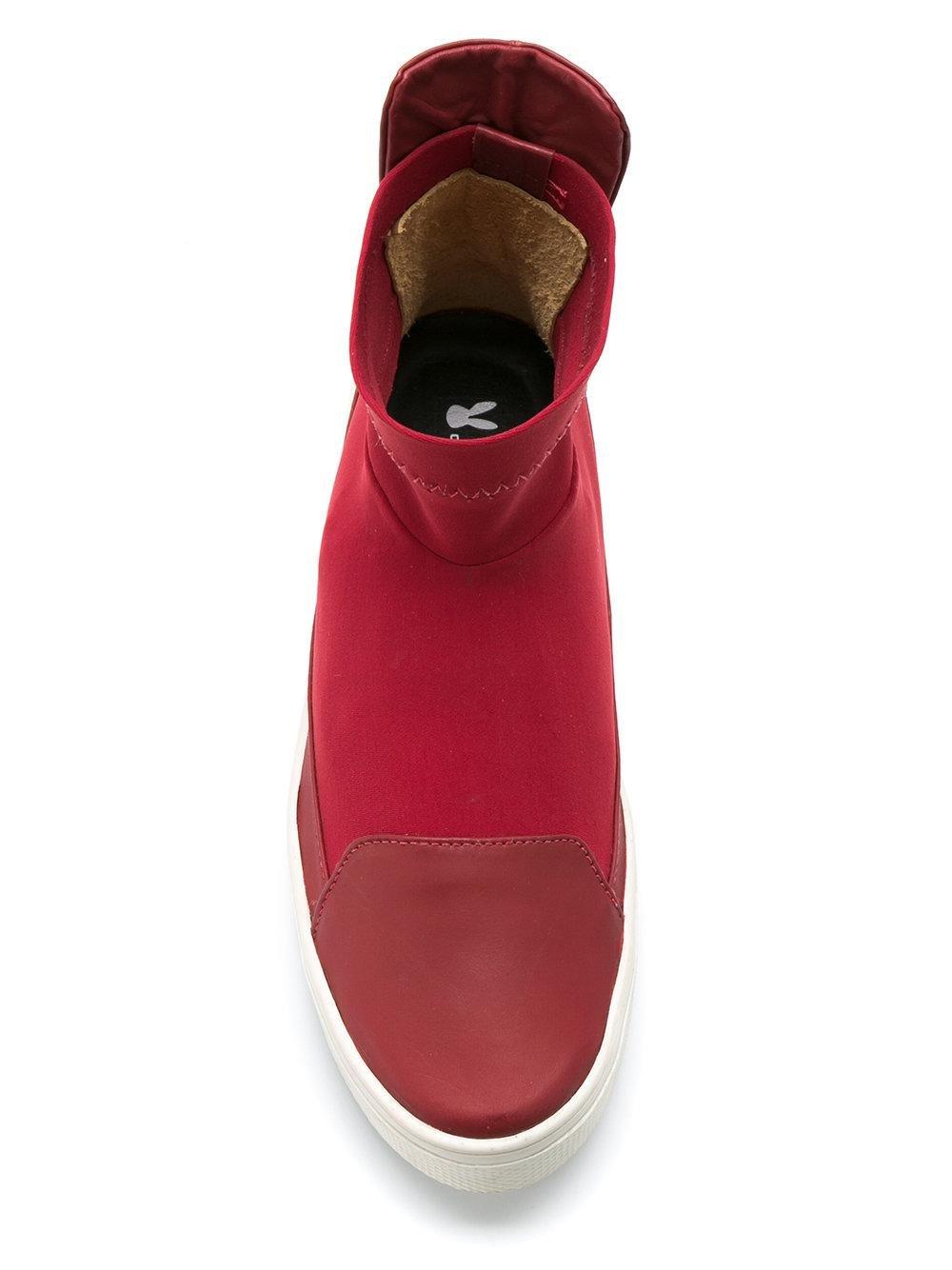 Gloria Coelho Leather Mid-top Sneakers in Red