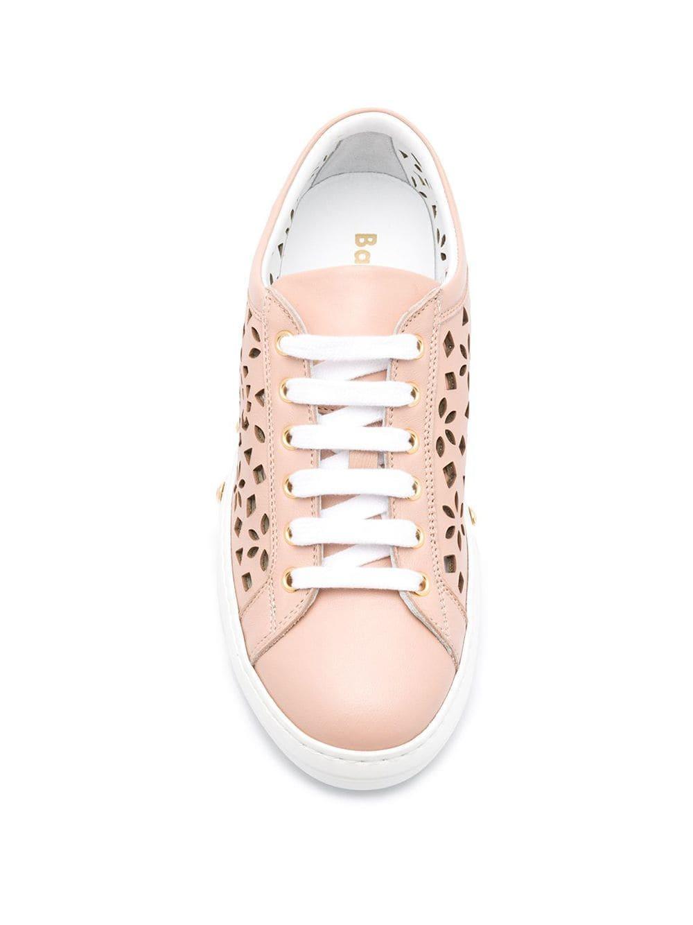 Zapatillas con detalles de cortes a láser Baldinini de Cuero de color Rosa